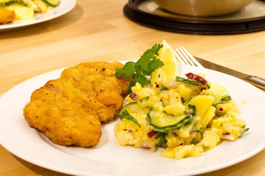 Schnitzel eten in Wenen